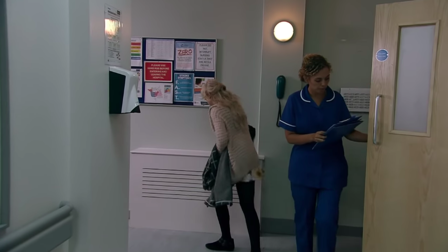 Coronation Street viewers spot cruel blunder with Sinead Tinker's cancer story