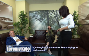 Jeremy Kyle guest reveals tattoo of him on her leg