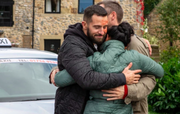 Emmerdale fans sob as Ross Barton leaves the village