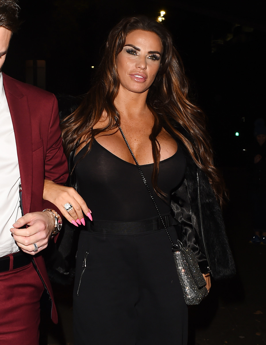 Katie Price arrives at Phil Turner's 50th Birthday party closely followed by Chris Boyson in a separate taxi
