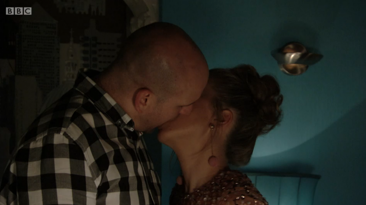 Linda and Stuart EastEnders (Credit: BBC iPlayer)
