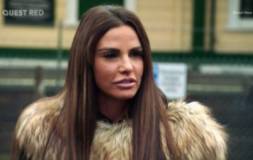 Katie collects Bunny and Jet from Kieran Hayler and invites him for a Christmas party at hers on 'Katie Price: My Crazy Christmas'. Broadcast on Quest Red