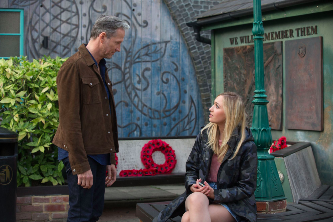 EastEnders SPOILER: Louise Mitchell to kill Ray Kelly in shock twist?