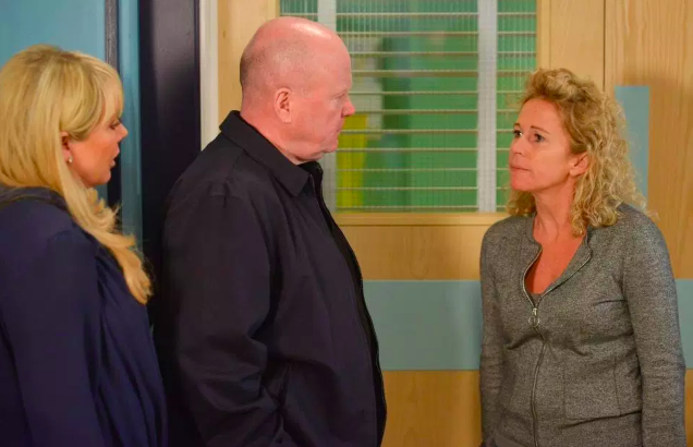 EastEnders fans convinced Lisa Fowler has been killed after Louise's devastating phone call