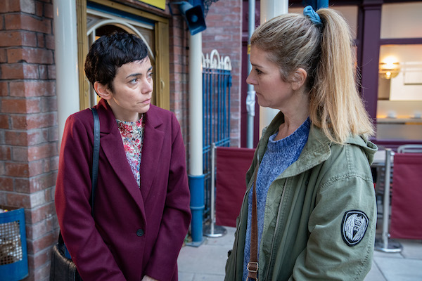 Coronation Street character 'returns from the dead' but fans spot mistakes