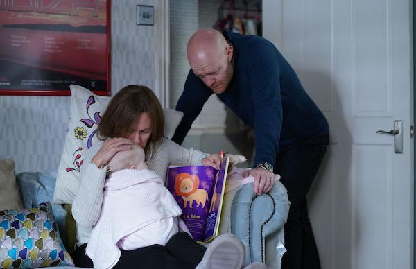 EastEnders SPOILER: Rainie hides mystery illness