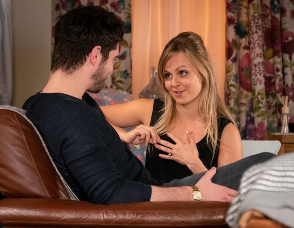 Coronation Street SPOILER: Sarah cheats on Gary?