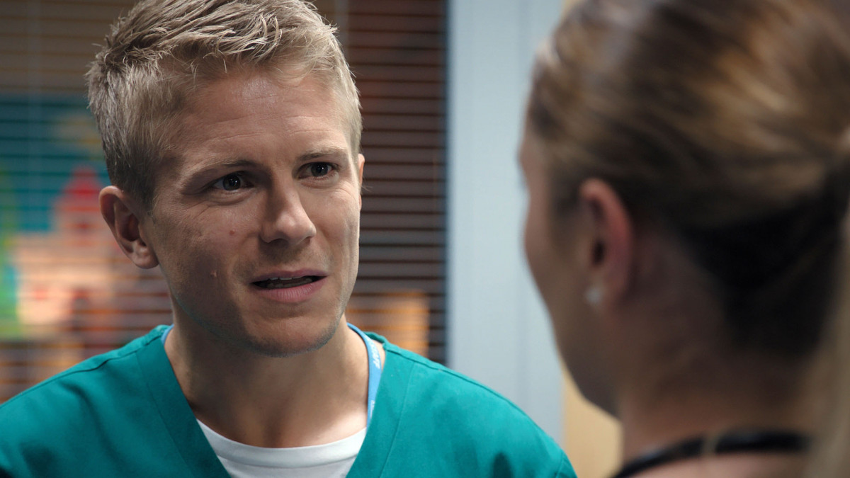 Casualty SPOILER: Ethan devastated as Alicia leaves for good