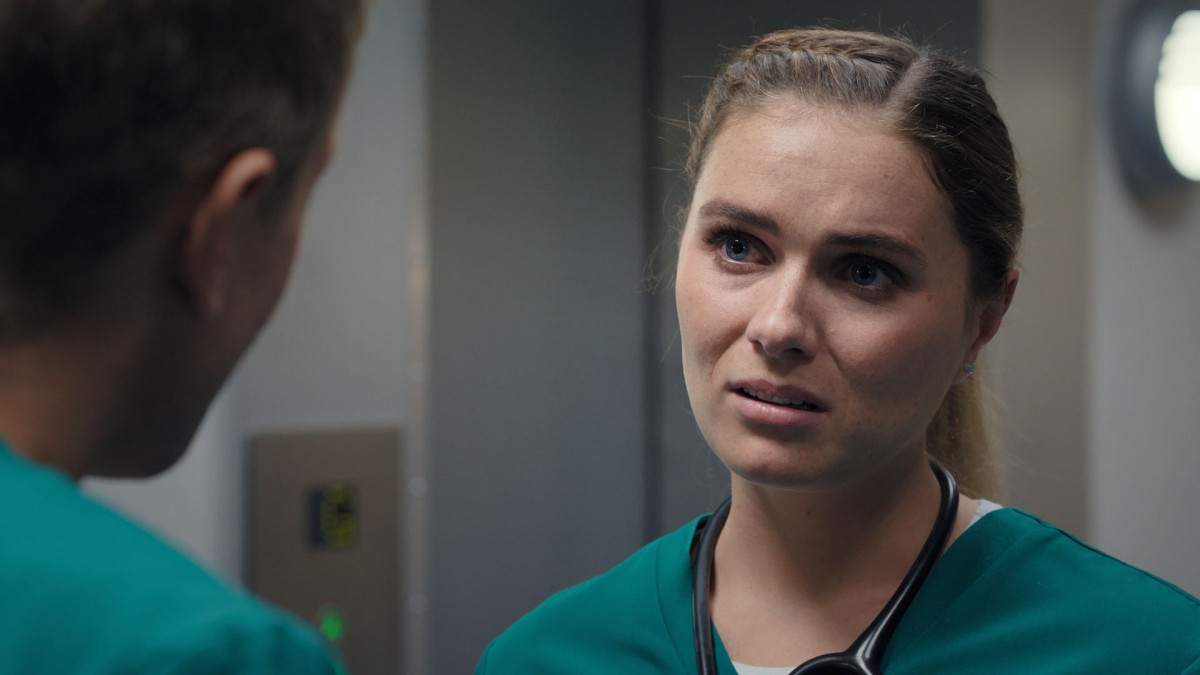 Alicia leaves Casualty - and Ethan - for good (Credit: BBC)