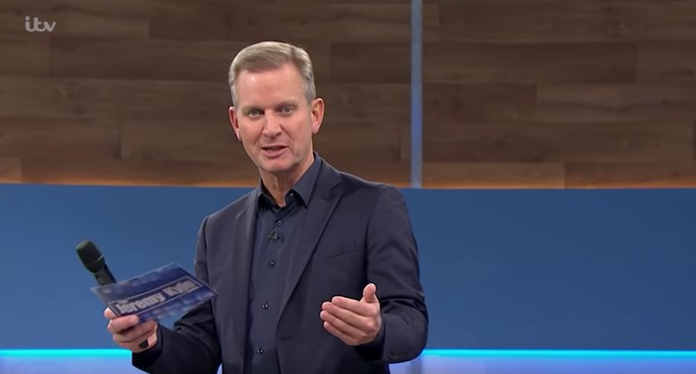 Jeremy Kyle viewers DESTROY guest over his 'outsized' teeth