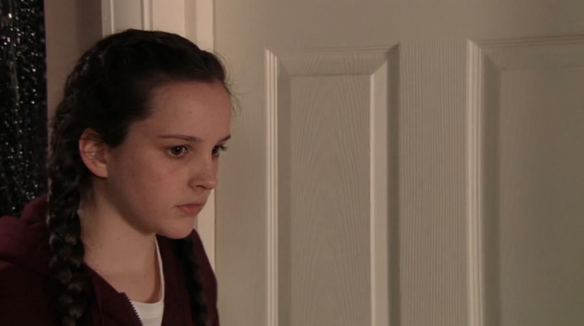Amy Barlow, Corrie (Credit: ITV Hub)
