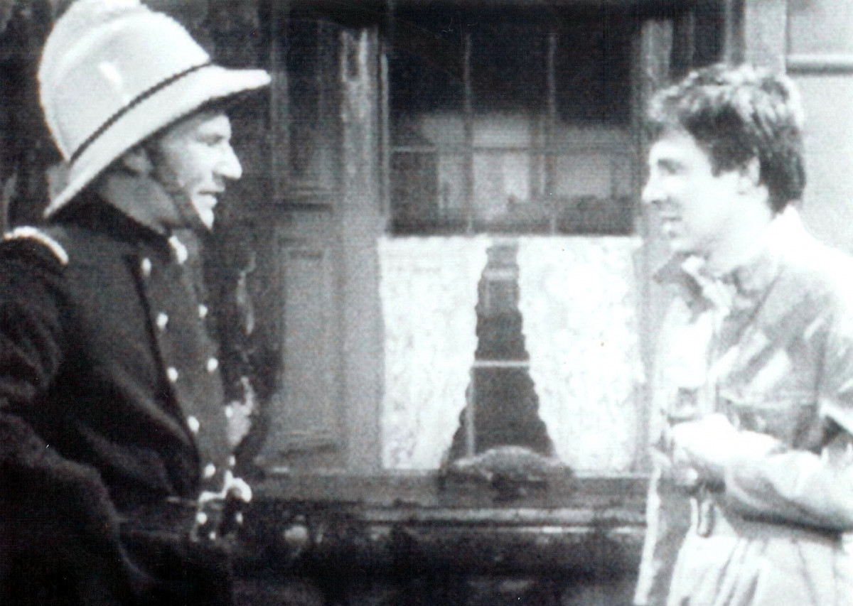Coronation Street' TV - 1967 - Patrick Stewart Playing a fireman. 1967 Image ID: 669448ni Featured in: ITV ARCHIVE Photo Credit: ITV/Shutterstock