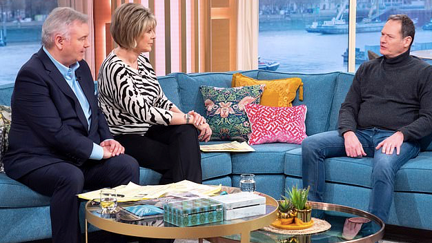 "This Morning's Eamonn Holmes and Ruth Langsford slammed for ""disrespectful"" Mark Lester interview"