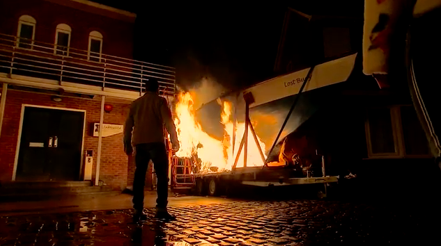 Coronation Street's Simon Barlow screams for help as he burns alive in boat fire