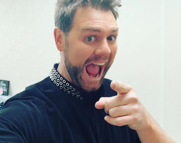 """Dancing On Ice fans give their backing to Brian McFadden's """"therapy"""" with co-stars Wes and Ryan"""