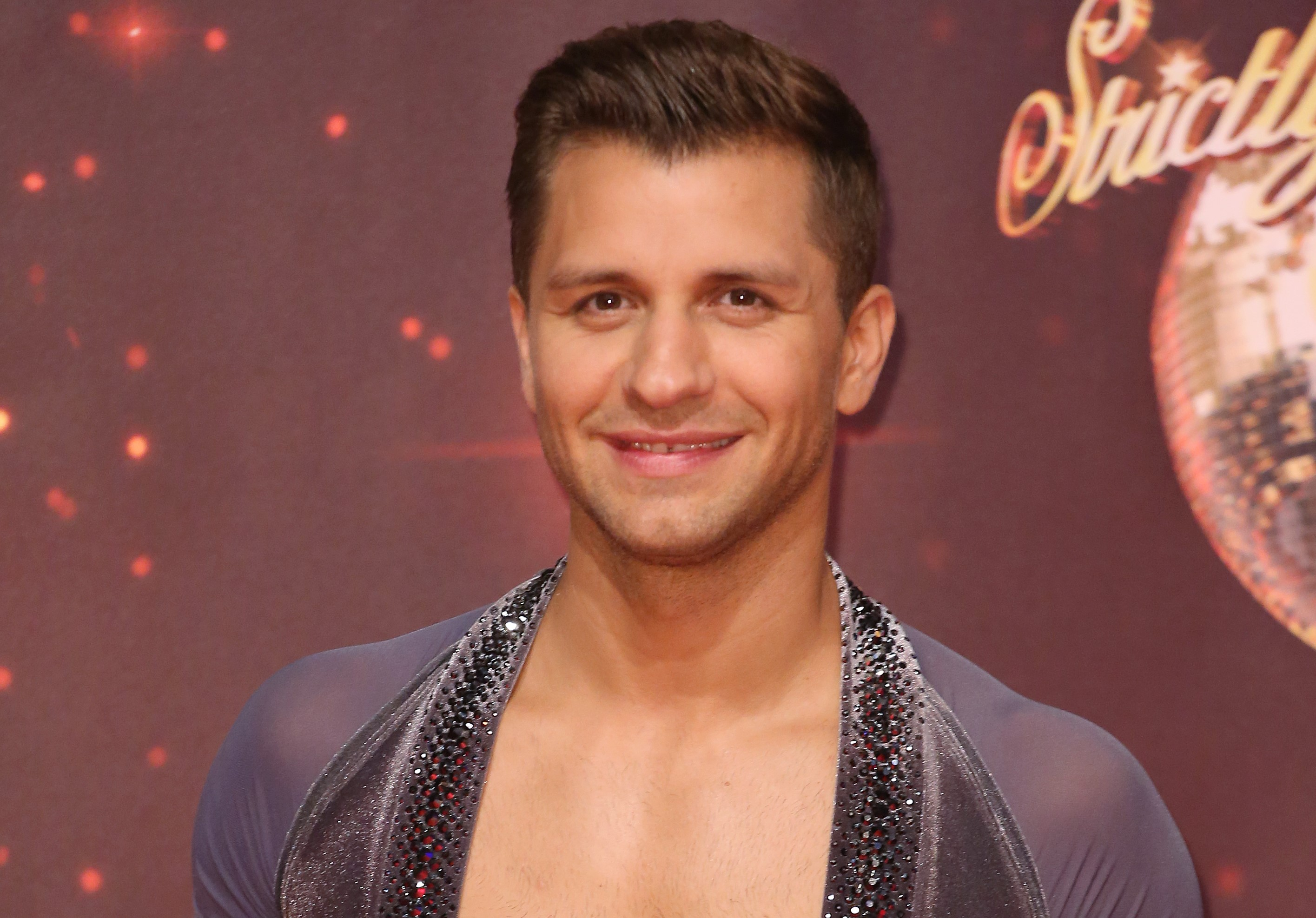 Strictly fans beg bosses to replace Pasha Kovalev with Neil Jones