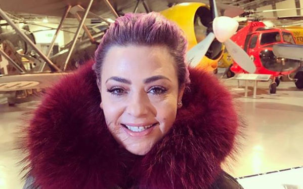 Lisa Armstrong enjoying romance with handsome chef