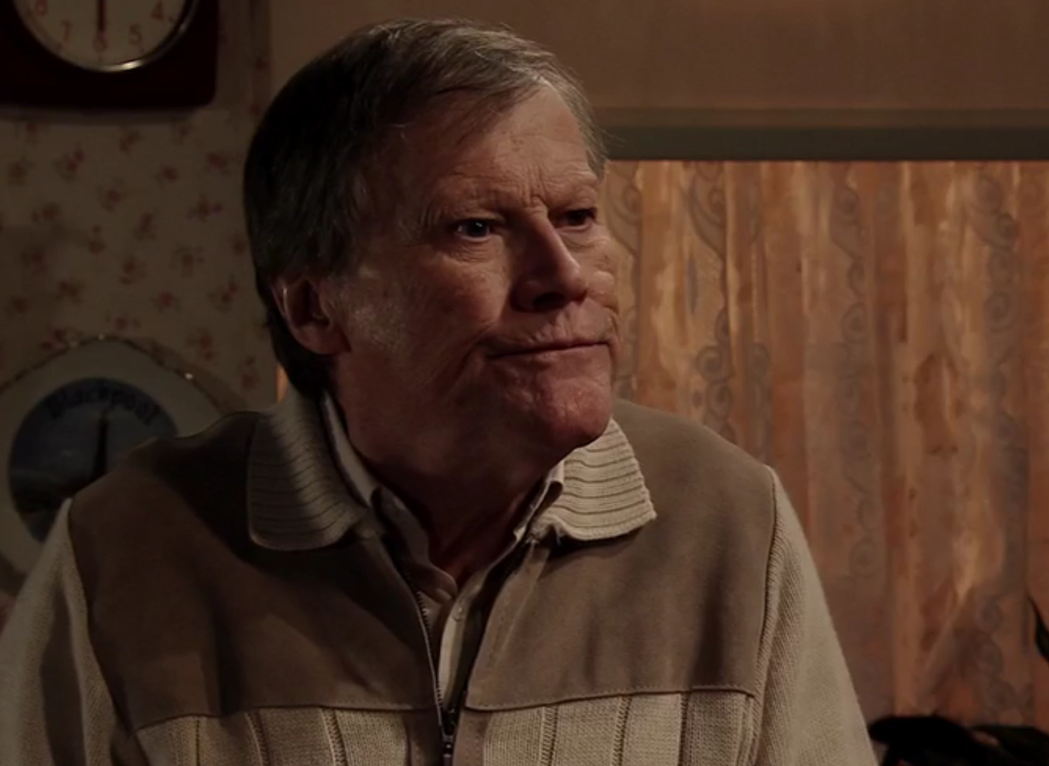 Coronation Street SPOILER: Roy gets a blast from the past