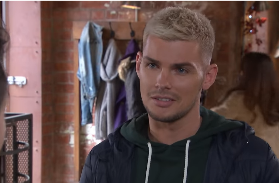 Hollyoaks' Kieron Richardson has quit Twitter following far-right storyline