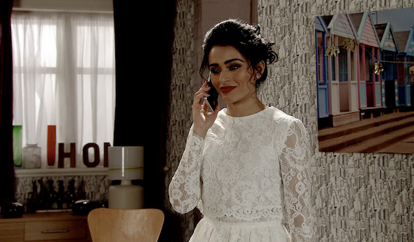 Coronation Street fans distraught as Rana dies in factory collapse