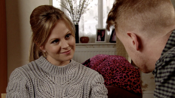 Coronation Street viewers divided over Sarah Platt's shorts