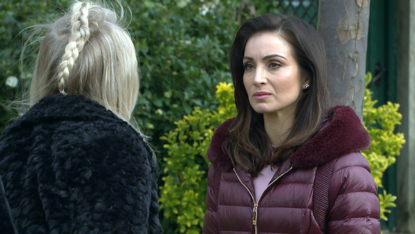 Emmerdale viewers loving Leyla Harding's saucy new look