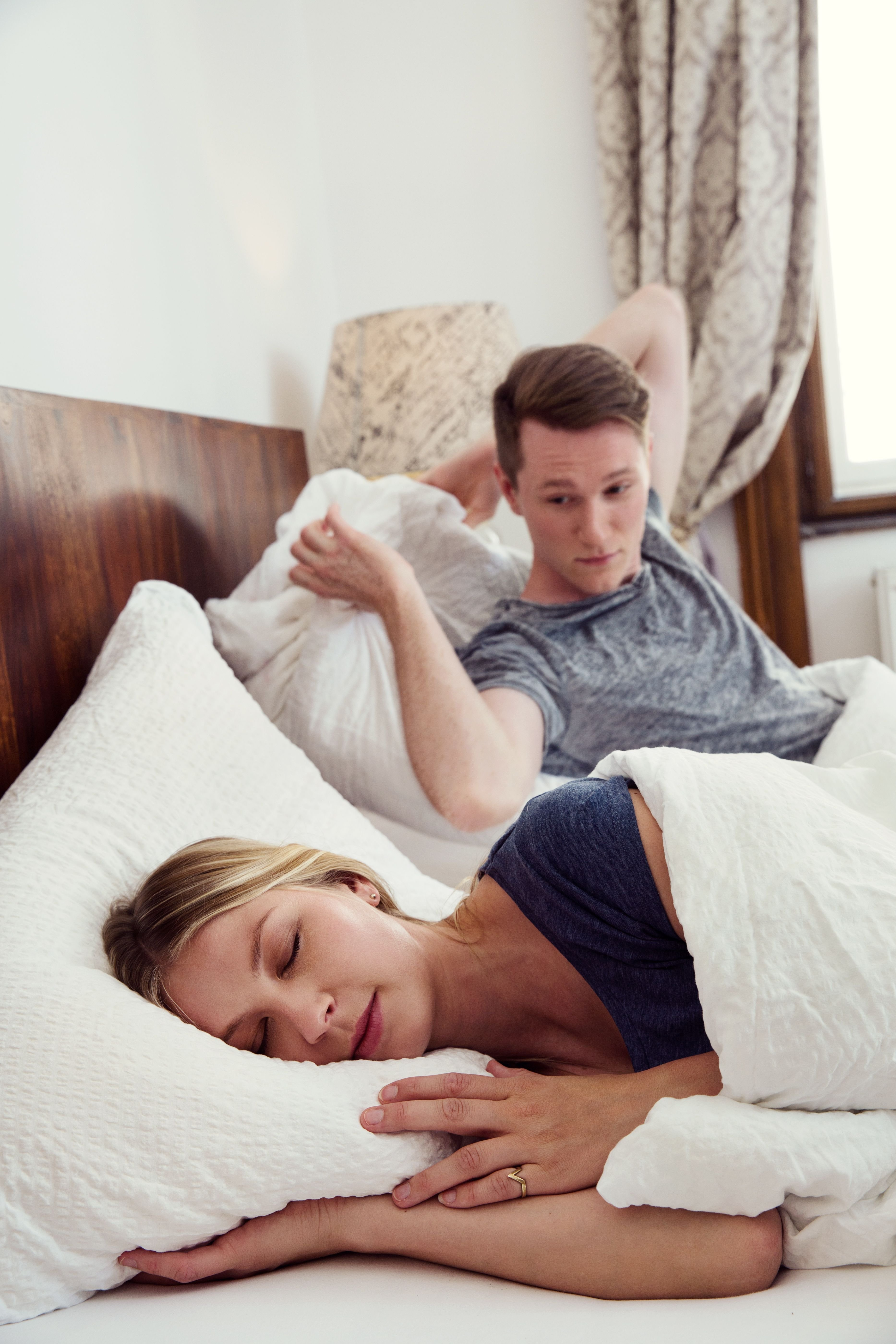 Wife furious after husband tries to pay her £600 for sex
