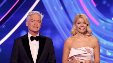 Everyone's saying the same thing about Holly Willoughby's DOI finale dress