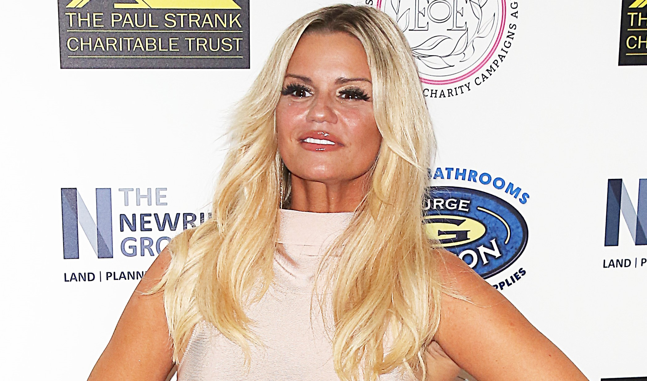 Kerry Katona gets stuck into bootcamp with daughter Molly