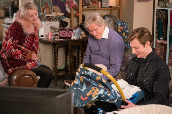 Coronation Street SPOILER: Sinead and Daniel bring baby Bertie home