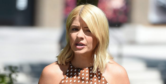 This Morning viewers blast Holly Willoughby for misplaced joke about Jennifer Lopez 'scandal'
