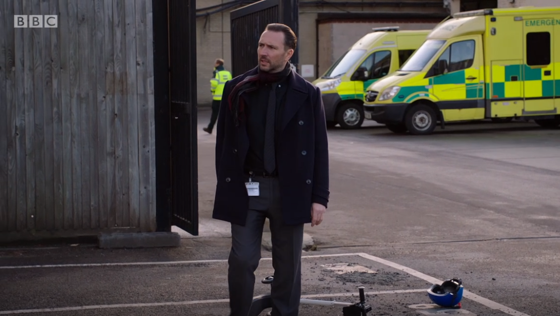 Holby City viewers slam Fletch after his son goes missing