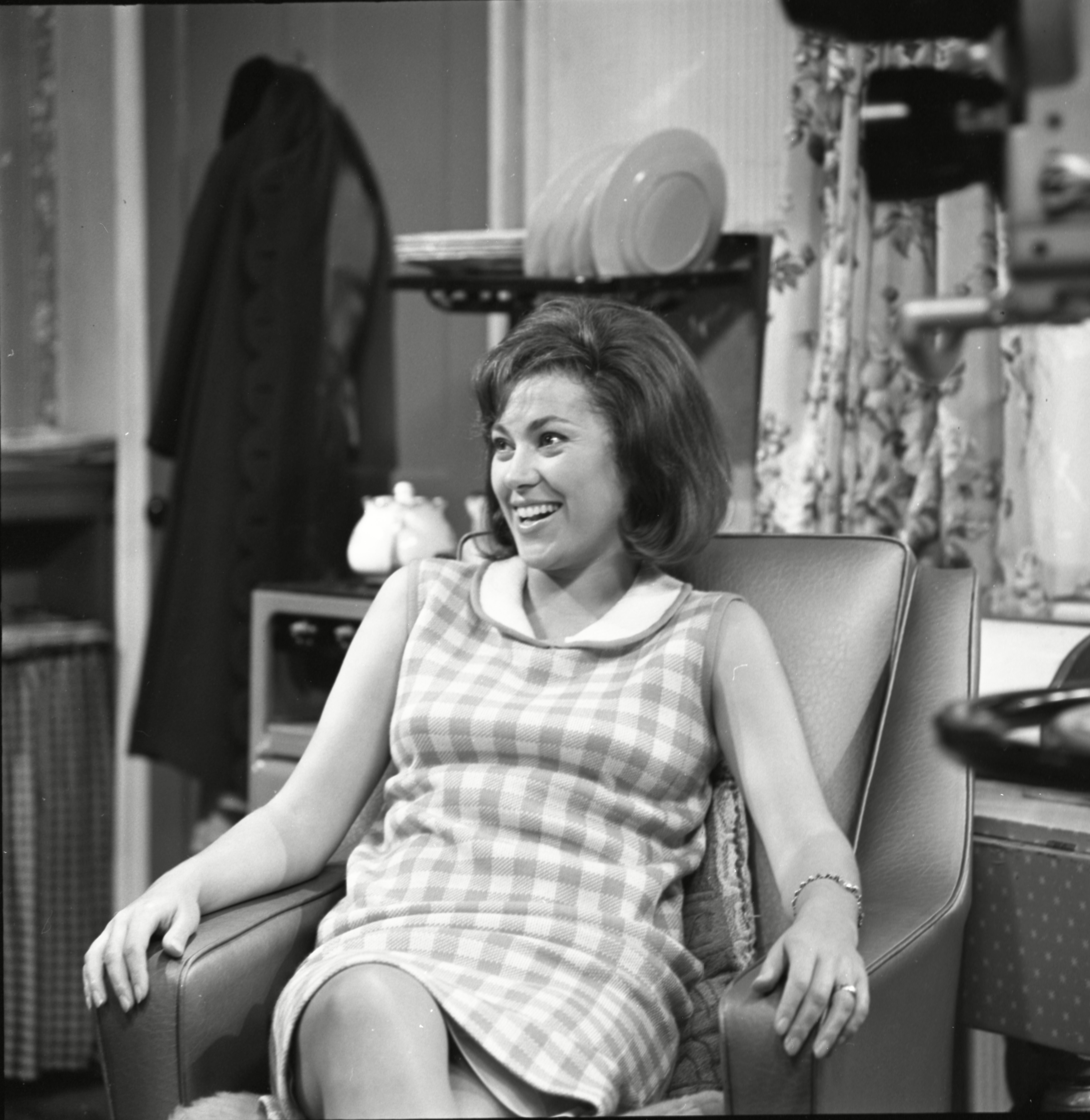Editorial use only Mandatory Credit: Photo by ITV/REX/Shutterstock (10146224ji) Anne Cunningham (as Linda Cheveski) 'Coronation Street TV Show - 1966 Coronation Street is a long running Television soap opera set in the fictional North of England town of Weatherfield. Created by Tony Warren. First broadcast on December 9th, 1960. Produced by ITV Granada. Coronation Street is a long running Television soap opera set in the fictional North of England town of Weatherfield. Created by Tony Warren. First broadcast on December 9th, 1960. Produced by ITV Granada.