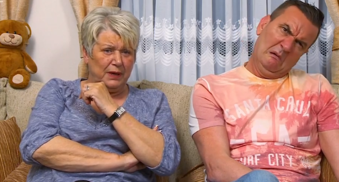"""Gogglebox viewers left feeling """"queasy"""" by donkey's penis ailment"""