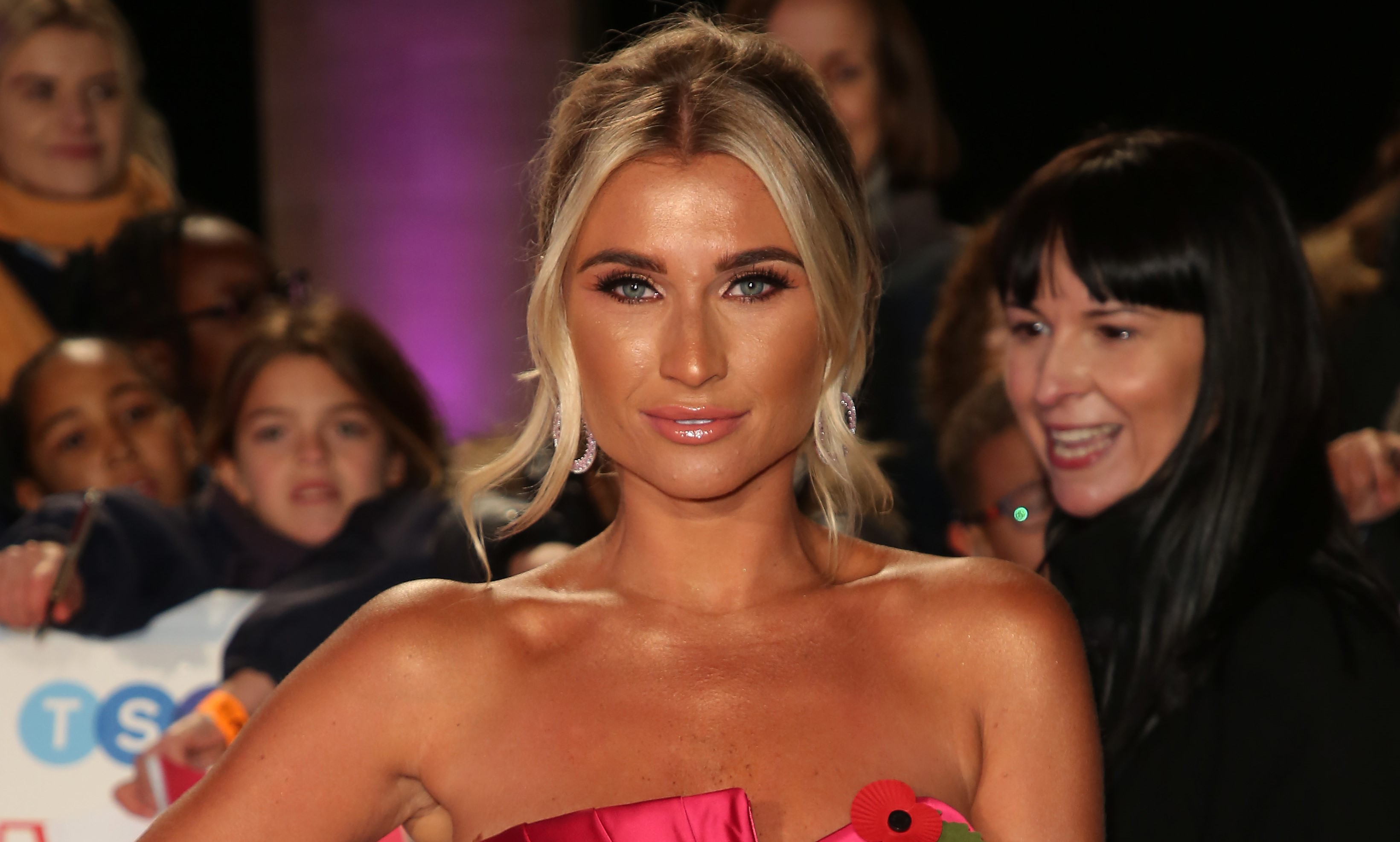 Billie Faiers shows off dramatic new look after wedding to Greg Shepherd