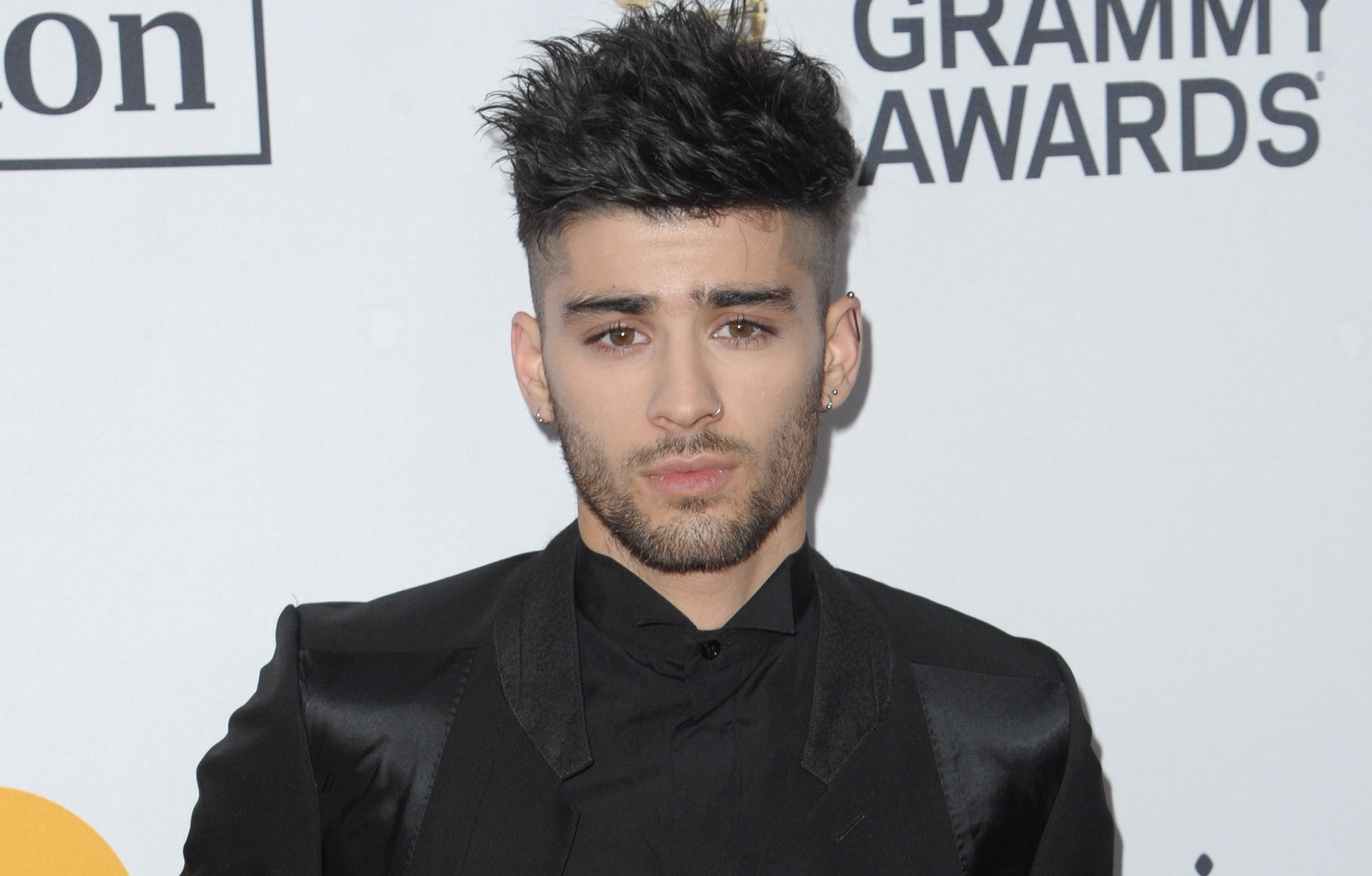 Zayn Malik reassures fans after cryptic message sparked ...