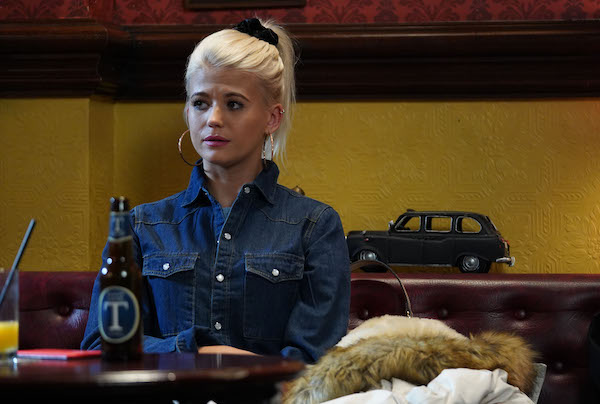 EastEnders viewers given 'migraine' by Lola Pearce's bright outfit