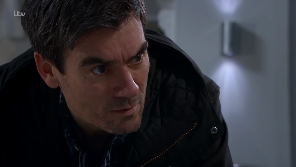 cain dingle finds out Joe Tate is alive
