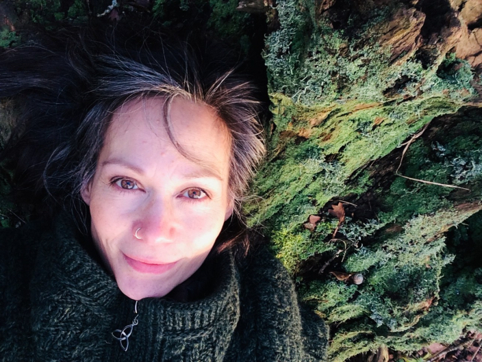 Tributes pour in for ex-Emmerdale actress Leah Bracknell, who has died at the age of 55