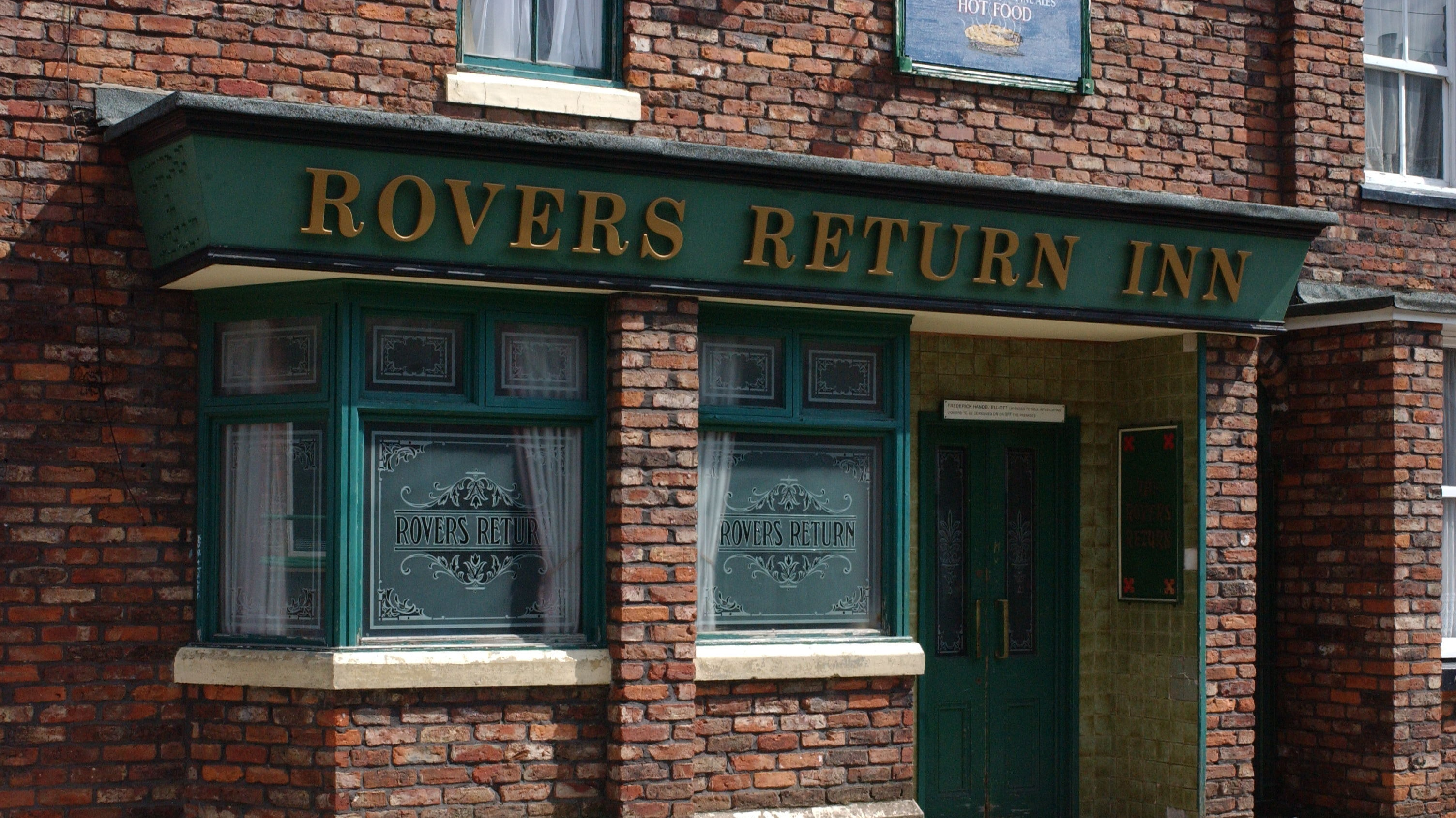 Coronation Street and Emmerdale hit back at pub scene complaints from viewers