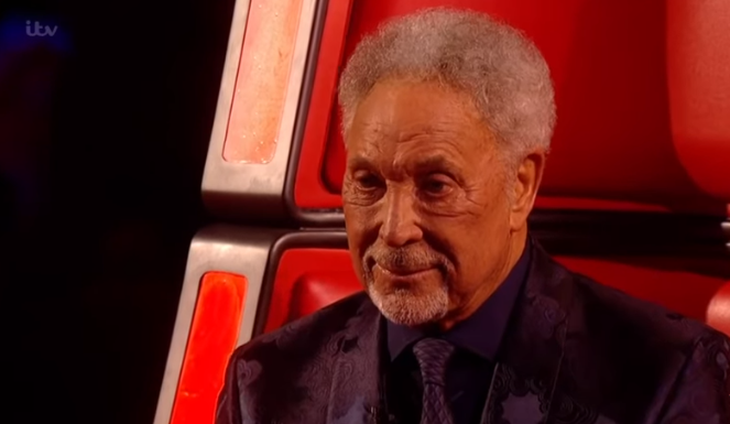 Emma Willis forced to apologise for Tom Jones 'swearing' during Voice live final