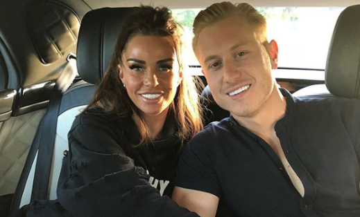 Katie Price and Kris Boyson 'sign up for Celebs Go Dating'