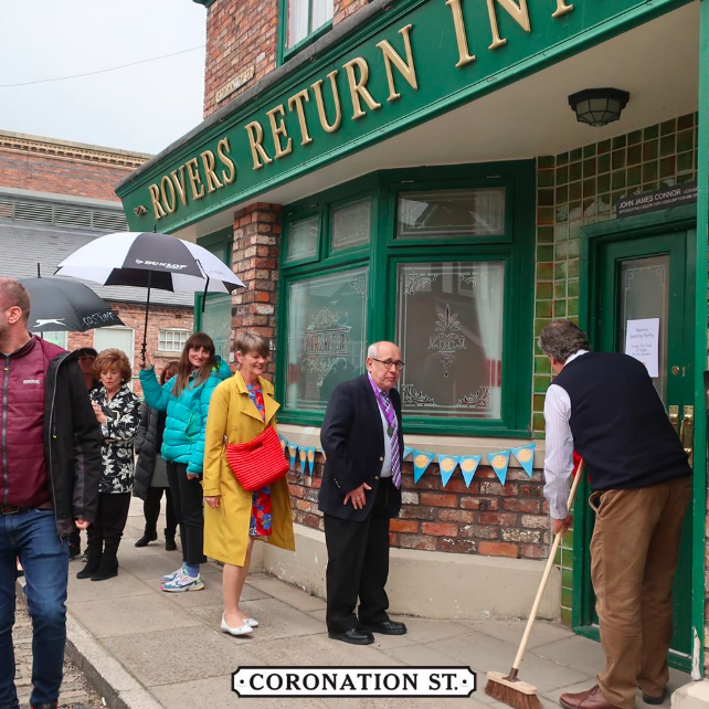 Coronation Street's Norris leaves again as he and new wife Freda throw a farewell party in the Rovers