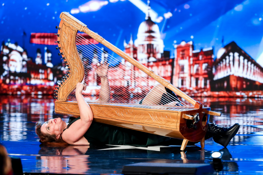 BGT viewers disagree with judges over weird harp act