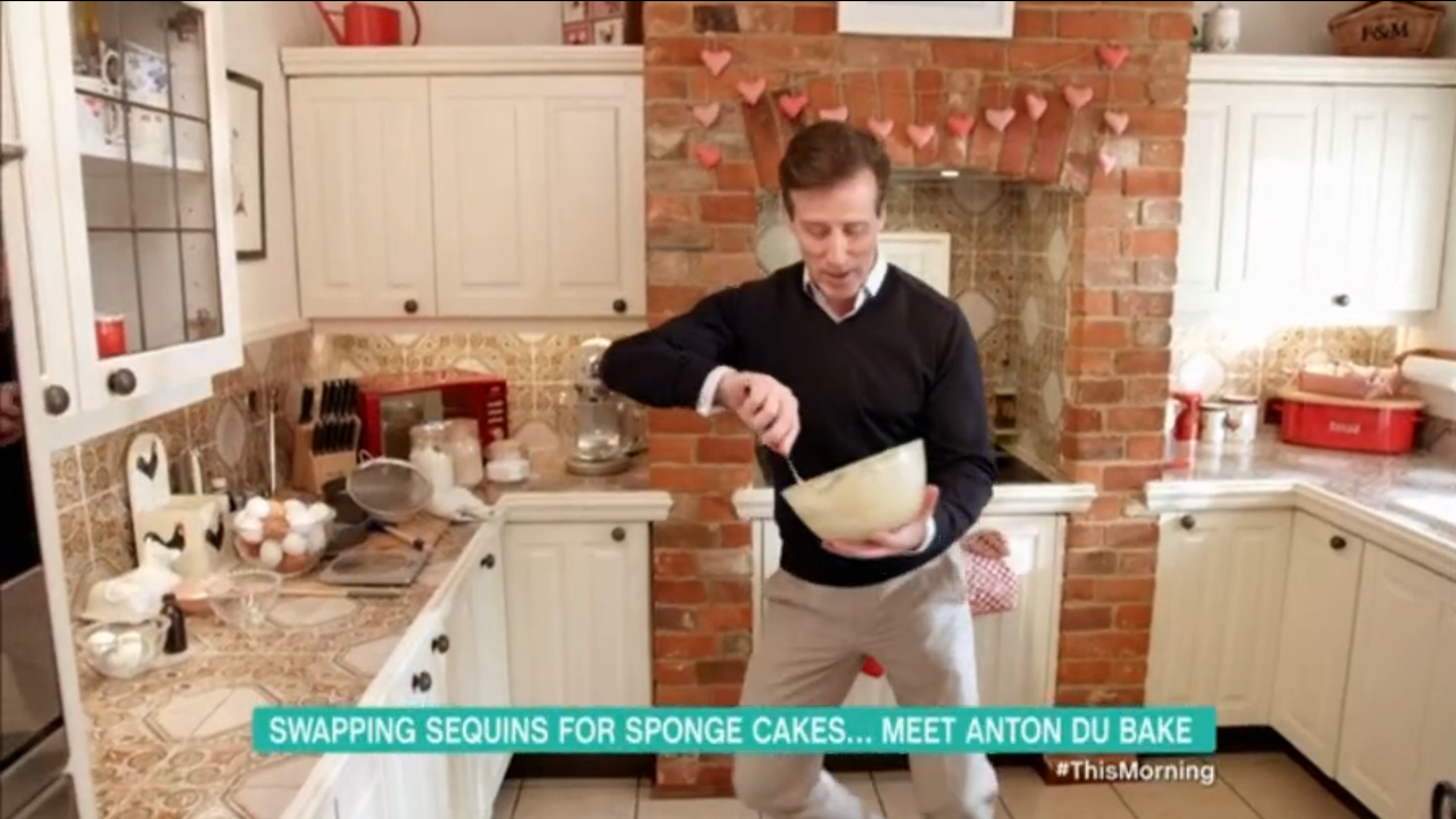 Anton du Beke This Morning baking