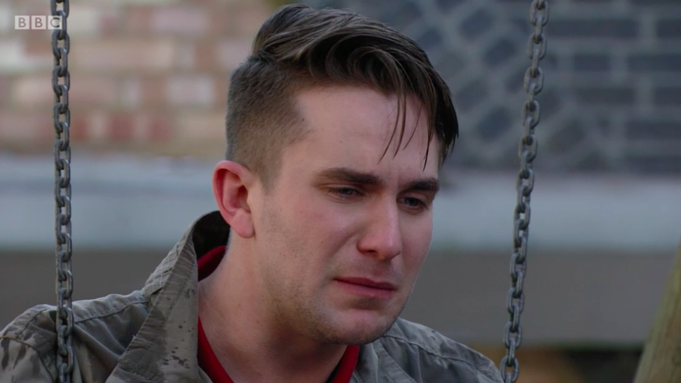 EastEnders fans convinced Halfway is Ben Mitchell's secret lover