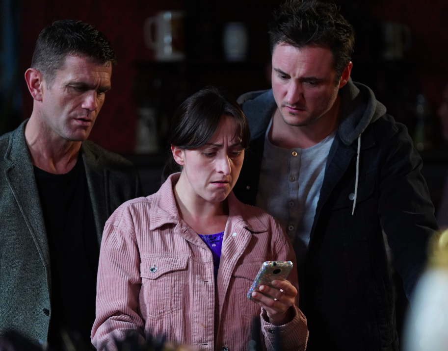 EastEnders SPOILER: Bex goes missing as Sonia makes a horrifying discovery about Stuart