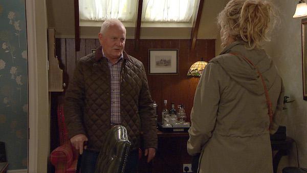 Emmerdale SPOILER: Pollard gives Maya an ultimatum