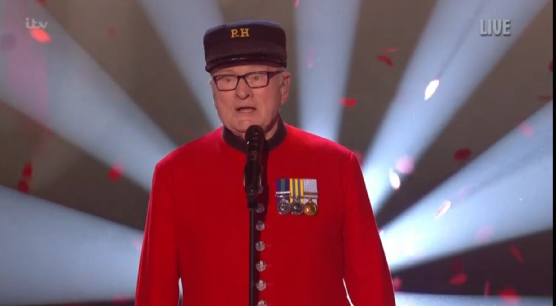 Viewers reduced to tears over BGT singing Chelsea Pensioner Colin Thackery