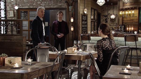 Coronation Street airs hour-long episode tonight